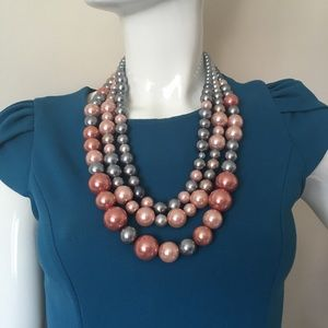 Bulky multi strand necklace large pearl beads